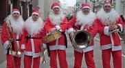 Самы морозный оркестр Санта Клаусов